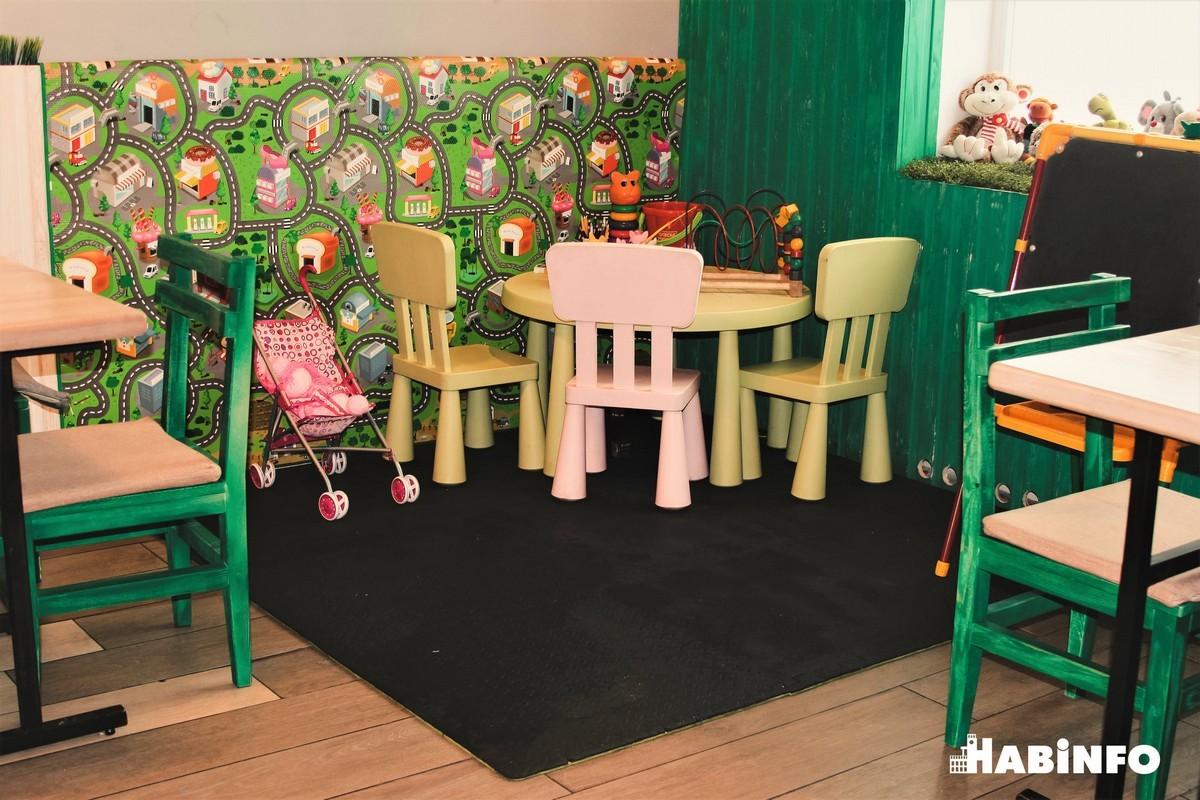 кафе детский уголок комната