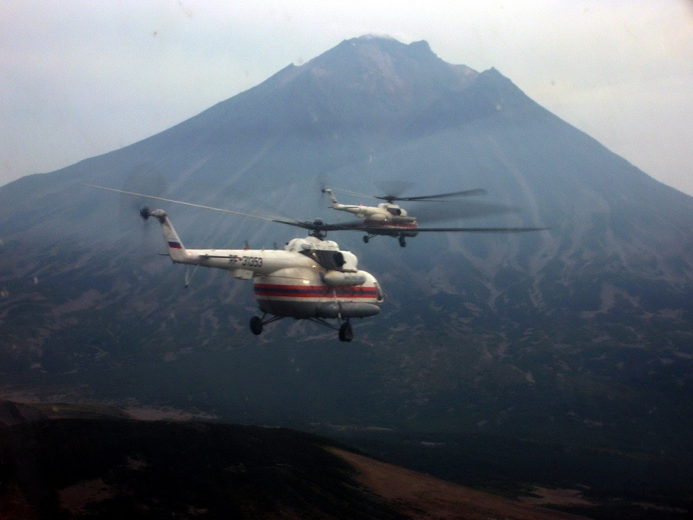 Хабаровский пилот спасательного вертолета Станислав Штанов признан лучшим в России