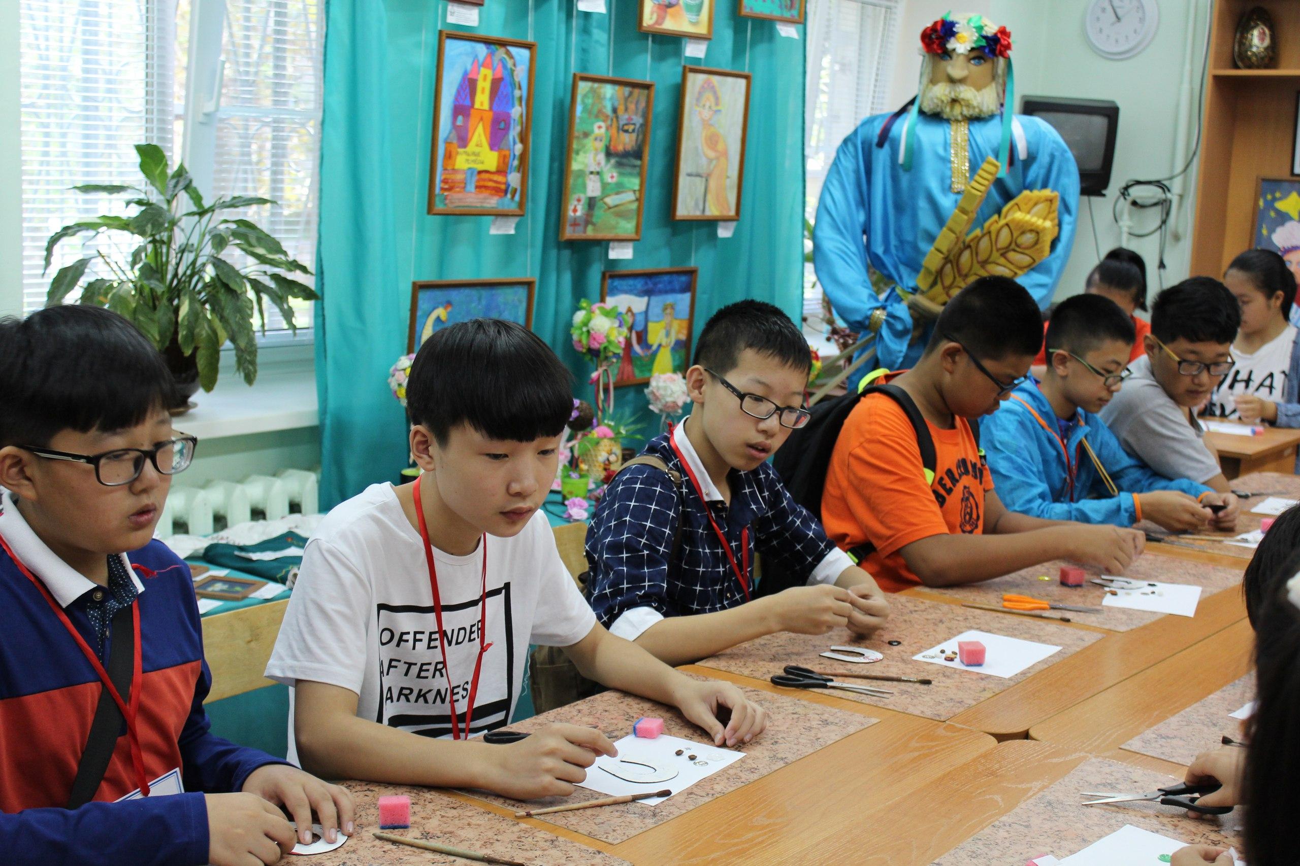 Культурный обмен: как встречают зарубежных школьников в Хабаровске