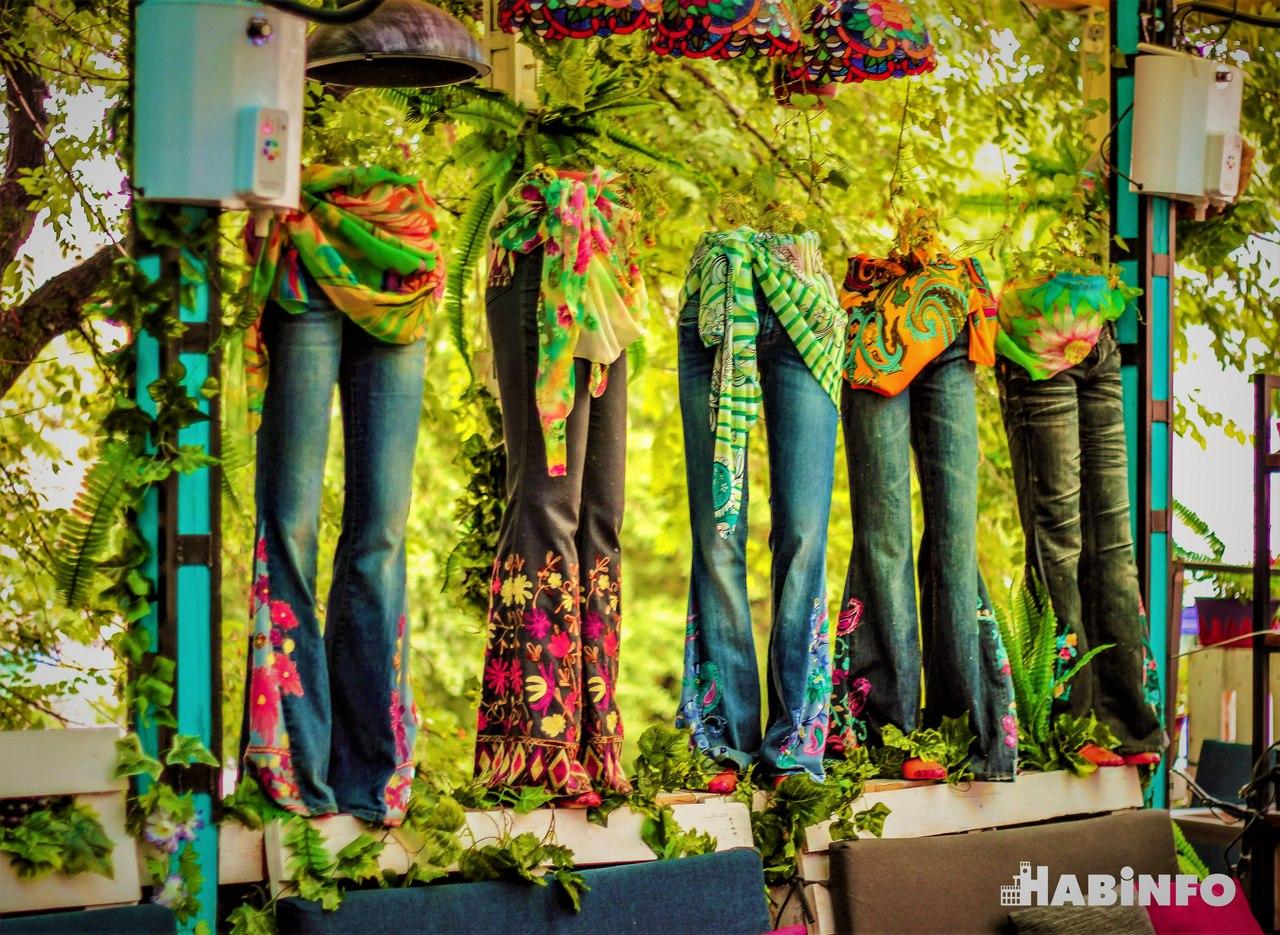 Летняя веранда «Вудсток»: место, где превращаешься в хиппи