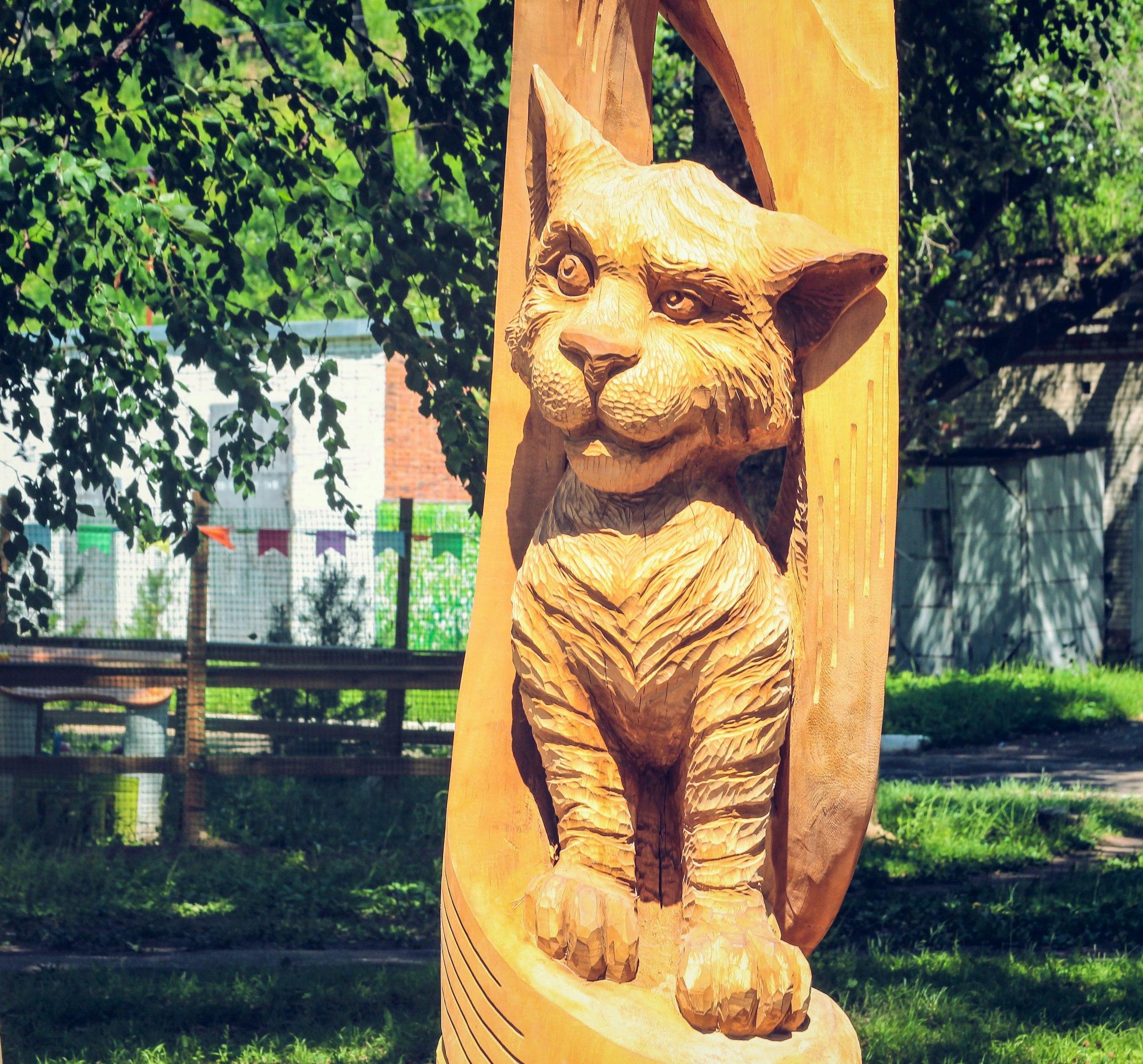 Где у стадиона Ленина спрятали деревянную Муху-Цокотуху